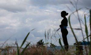 El 23 % de las dominicanas más pobres se casa o se une antes de los 15 años