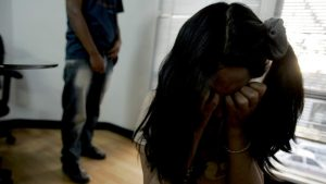 Dictan 20 años de cárcel contra hombre abusó sexualmente 2 hijastras menores