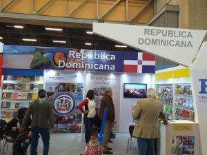 BOGOTA: Colombianos destacan presencia de República Dominicana en Feria del Libro