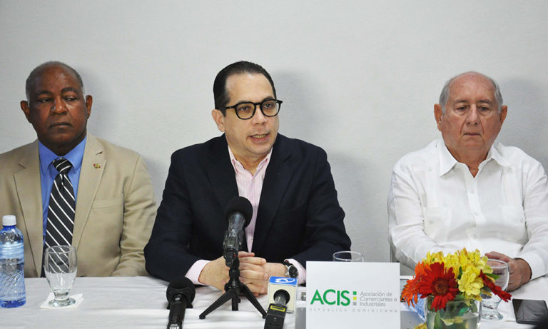 Comerciantes e Industriales de Santiago exigen castigo para invasores terrenos