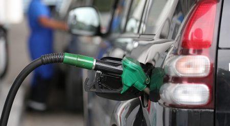 Bajan combustibles: RD$ 2.60 y RD$ 2.90 las gasolinas y 40 centavos GLP