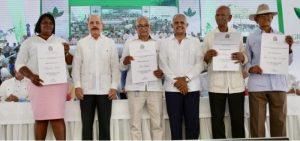 El Presidente Medina reúne miles de productores en el Día del Agricultor