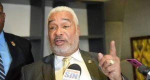 Camacjho dice todos los dominicanos deberían detrás de Danilo Medina