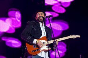 Juan Luis Guerra incluye merengue, bachata, son y música cristiana