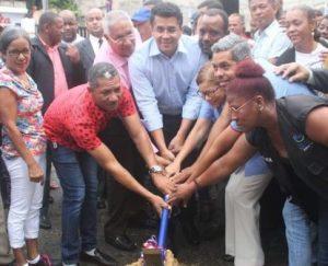 Alcalde DN da primer picazo construcción puente en Los Ríos