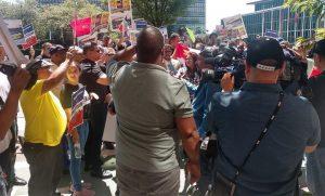 Dominicanos protestan frente a la ONU contra nueva reforma Constitución