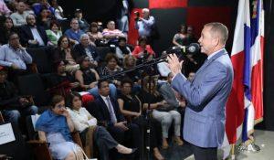 """PANAMA: Inician con éxito la """"Muestra de Cine Dominicano"""""""