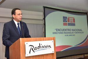 Ministro de Educación llama familias a integrarse a enseñanza estudiantes