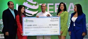 Empleado privado gana RD$750,000.00 en sorteo de la Lotería Nacional
