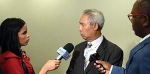Ministro saluda proyección FMI, pero cree hay que estar alerta ante cambios
