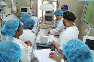 SNS dice hospitales continúan reducción de mortalidad materna y neonatal