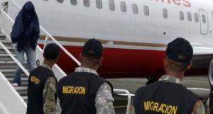 Repatrian otros 107 dominicanos; suman 678 los enviados este año a la RD