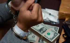 Arrestan en aeropuerto de Punta Cana a 3 venezolanos con US$1,3 millones