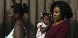 México deporta a 81 haitianos tras incidente en aeropuerto Tapachula