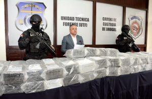 DNCD detiene tres hombres con 4 kilos de cocaína y US$8,000