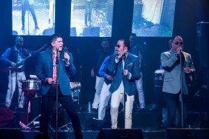 EddyHerrera,TeodoroReyesy Banda Realeste lunes en Jet Set