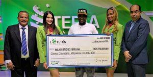 Empleado Punta Catalina gana premio de la Lotería Nacional