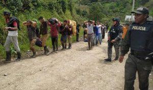 ECUADOR: 12 dominicanos fueron desalojados por realizar minería ilegal
