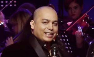 Artistas y otras personalidades asisten a velatorio del cantante Cherito Jiménez