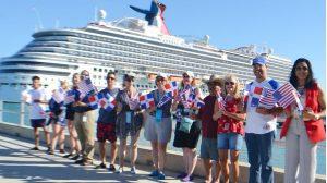 Seis mil cruceristas de Estados Unidos llegaron este jueves a R. Dominicana