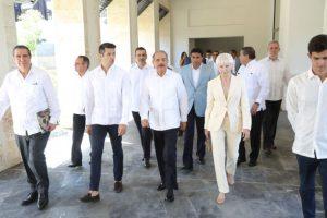 Danilo Medina asiste a inauguración de Hotel Lopesan Costa Bávaro