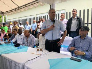 VILLA ALTAGRACIA: Ministro de OP anuncia construcción de obras