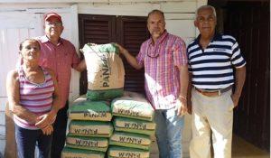 JARABACOA: Consejo Empresarial ayudafamilias pobres