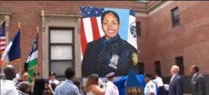 NUEVA YORK: Recuerdan oficial de la  Policía baleada en un barrio de Bronx