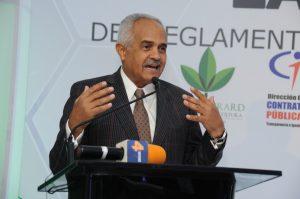 Gobierno lanza programa de compras públicas para pequeños productores
