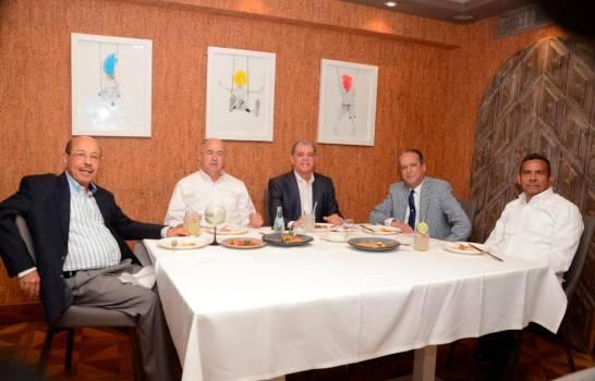 no-trasciende-lo-tratado-en-reunion-de-medina-y-6-aspirantes-presidenciales-pld