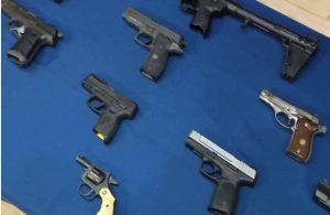 """Desmantelan red tráfico de armas a la pandilla """"Los Trinitarios"""""""