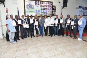 Reconocen a expresidentes Club Deportivo Dominicano de Manhattan