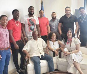 CALIFORNIA: Consulado celebra encuentros con peloteros RD