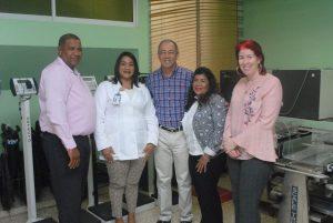 MIAMI: Consulado dona equipos médicos a entidades de la RD