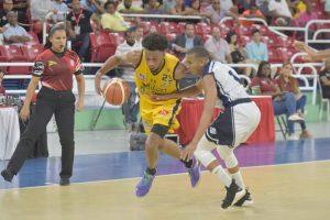 Huellas del Siglo y Rafael Barias triunfan en semifinales basket del DN