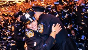 NUEVA YORK: Ventiseis dominicanos se graduaron como agentes de Policía