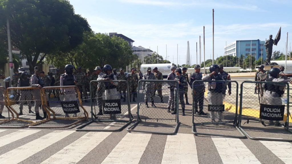 EE.UU. recomienda a sus ciudadanos que eviten transitar cerca Congreso de la RD