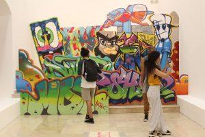 """Centro Cultural de España inaugura exposición colectiva """"Rayaera"""""""