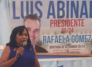 Rafaela Gómez oficializa su precandidatura a diputada ultramar