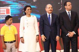 SANTIAGO: Presidente Medina deja iniciado año el escolar 2019-2020