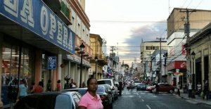 SANTIAGO: En la tarde volvieron a normalidad el tránsito y comercio