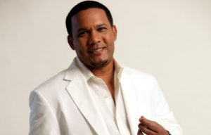 Héctor Acosta lleva merengue y bachata este lunes a Jet Set