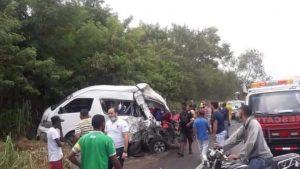 SANTIAGO: Dos muertos y 8 heridos deja accidente en autopista Duarte