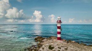 Temor en Riviera Maya: admiten extorsión de turistas a hoteles