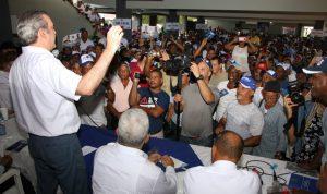 Abinader promete a hacer gobierno decente y obligar  cumplir las leyes