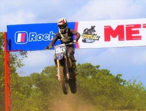 Luís Martínez gana duelo entre expertos motocross de Higüey