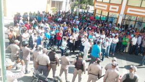 PUERTO PLATA: Maestros protestan por Concurso de Oposición Docente
