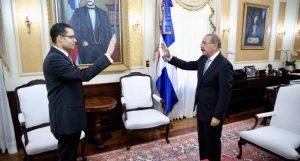 Medina juramenta a Juan Ariel Jiménez Núñez como ministro Economía de RD