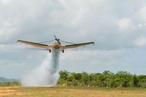 Miles productores arroceros tendrán servicio de fumigación aérea gratis