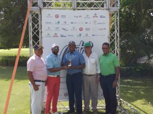 Julio Santos gana primera parada del Canita Tour de Golf